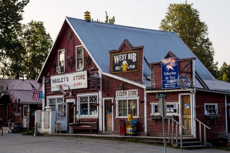 Day-04-Nagleys-Store-Talkeetna-Alaska