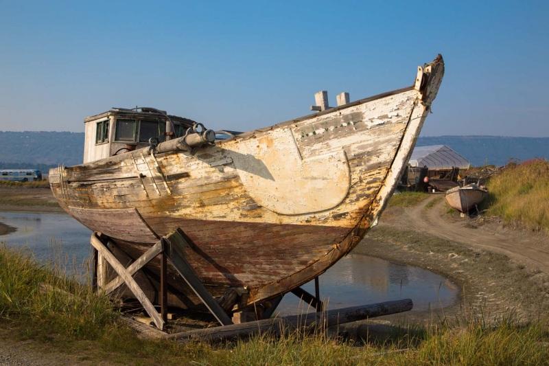Day-19-Boat-Graveyard-Homer-Spit-Alaska-1705