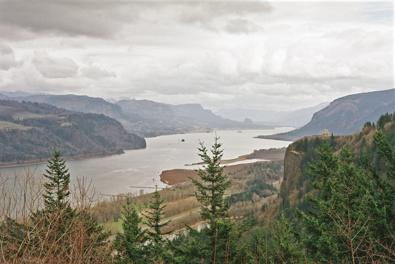 Columbia River Gorge and Vista House