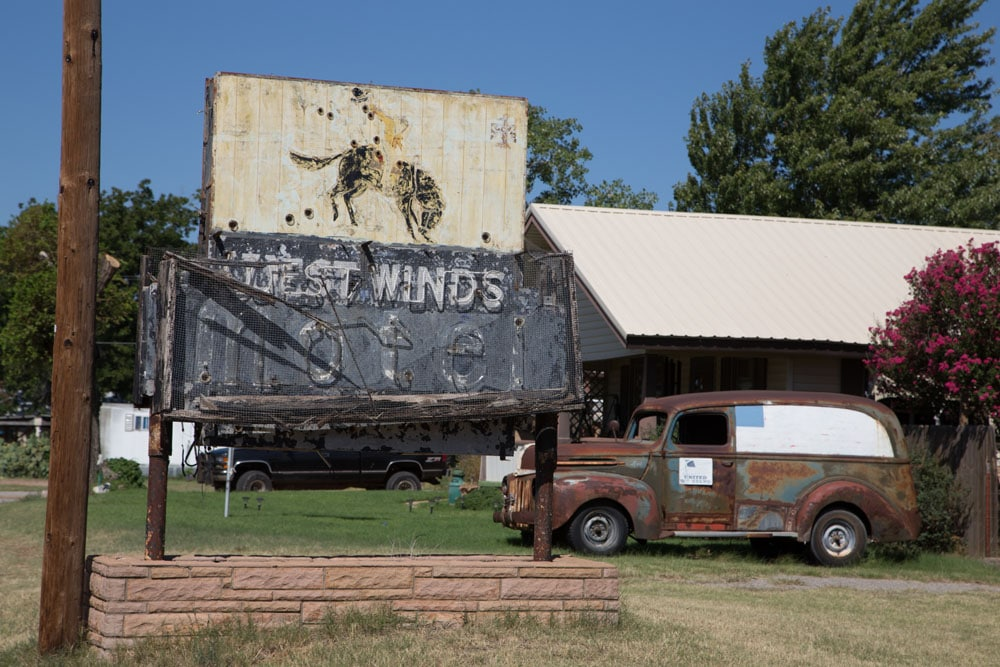 West Winds Motel, Erick