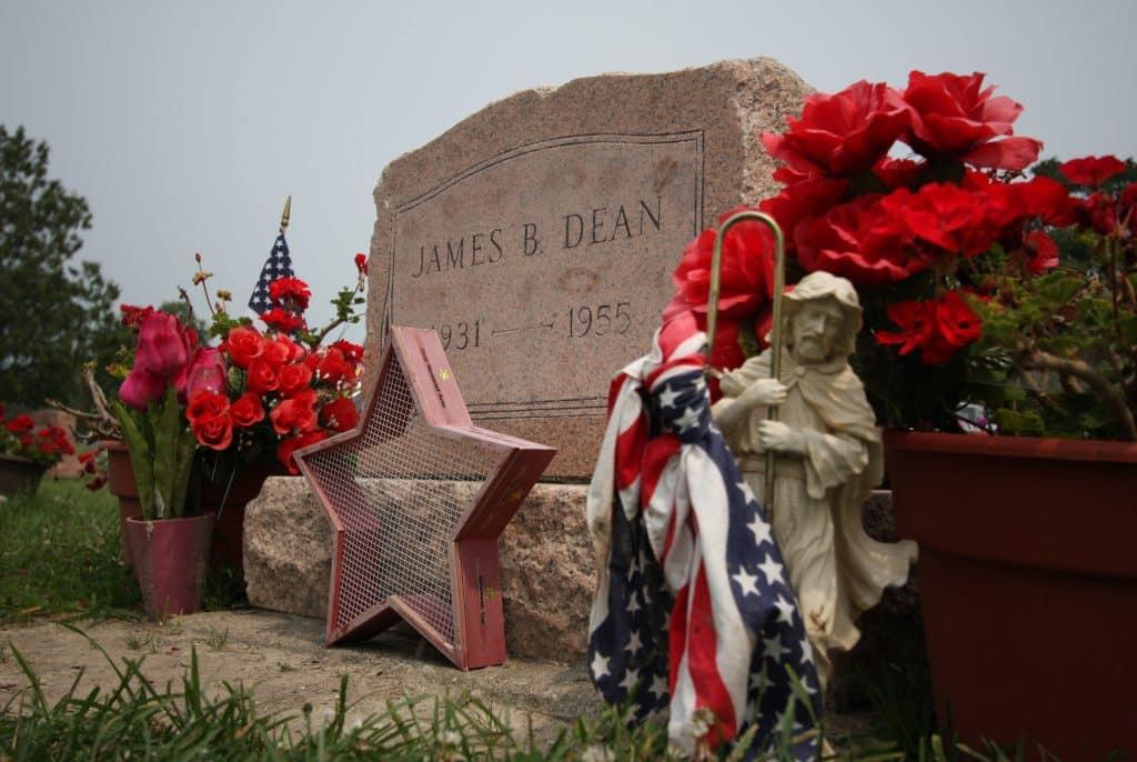 09-James-Dean-Grave-1024x686.jpg